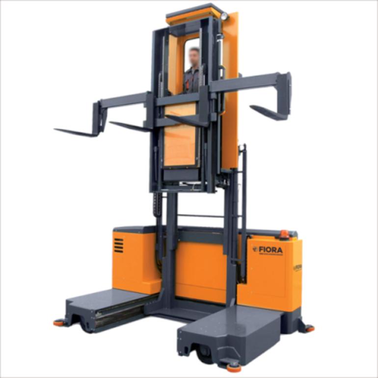 Carrello elevatore laterale picking multidirezionale